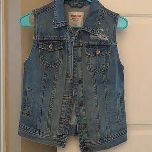 Mossimo Jean cutoff sleeve jacket
